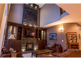 Photo 13: 75 WESTRIDGE Crescent SW in Calgary: West Springs House for sale : MLS®# C4093123