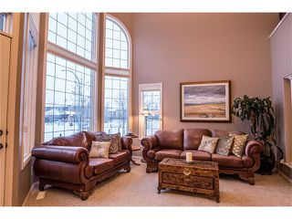 Photo 5: 75 WESTRIDGE Crescent SW in Calgary: West Springs House for sale : MLS®# C4093123