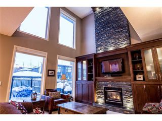 Photo 12: 75 WESTRIDGE Crescent SW in Calgary: West Springs House for sale : MLS®# C4093123