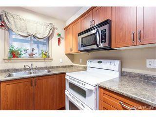 Photo 7: 114 655 Goldstream Ave in VICTORIA: La Fairway Condo Apartment for sale (Langford)  : MLS®# 751295