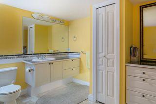 "Photo 19: 16643 85B Avenue in Surrey: Fleetwood Tynehead House for sale in ""Cedar Grove"" : MLS®# R2143278"