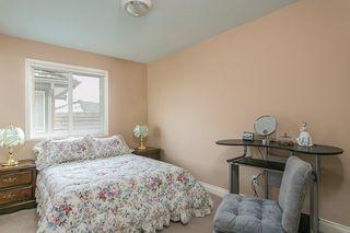 "Photo 10: 16643 85B Avenue in Surrey: Fleetwood Tynehead House for sale in ""Cedar Grove"" : MLS®# R2143278"