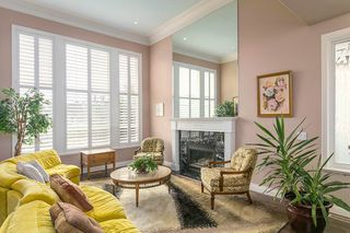 "Photo 3: 16643 85B Avenue in Surrey: Fleetwood Tynehead House for sale in ""Cedar Grove"" : MLS®# R2143278"