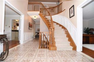 Photo 3: 50 Glen Hill Drive in Whitby: Blue Grass Meadows House (2-Storey) for sale : MLS®# E3743853