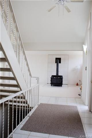 Photo 8: 2 Son Crescent in Rosser: Grosse Isle Residential for sale (R12)  : MLS®# 1709349
