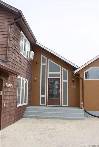 Photo 4: 2 Son Crescent in Rosser: Grosse Isle Residential for sale (R12)  : MLS®# 1709349