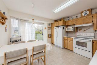 "Photo 6: 15334 95 Avenue in Surrey: Fleetwood Tynehead House for sale in ""BERKSHIRE PARK"" : MLS®# R2162651"
