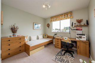 "Photo 13: 15334 95 Avenue in Surrey: Fleetwood Tynehead House for sale in ""BERKSHIRE PARK"" : MLS®# R2162651"