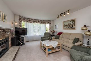 "Photo 3: 15334 95 Avenue in Surrey: Fleetwood Tynehead House for sale in ""BERKSHIRE PARK"" : MLS®# R2162651"