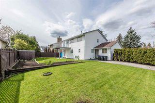 "Photo 18: 15334 95 Avenue in Surrey: Fleetwood Tynehead House for sale in ""BERKSHIRE PARK"" : MLS®# R2162651"