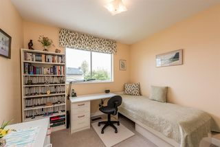 "Photo 15: 15334 95 Avenue in Surrey: Fleetwood Tynehead House for sale in ""BERKSHIRE PARK"" : MLS®# R2162651"