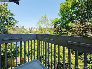 Photo 2: 6 946 Selkirk Ave in VICTORIA: Es Kinsmen Park Row/Townhouse for sale (Esquimalt)  : MLS®# 760270