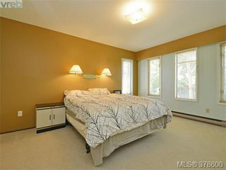 Photo 9: 6 946 Selkirk Ave in VICTORIA: Es Kinsmen Park Row/Townhouse for sale (Esquimalt)  : MLS®# 760270