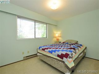 Photo 11: 6 946 Selkirk Ave in VICTORIA: Es Kinsmen Park Row/Townhouse for sale (Esquimalt)  : MLS®# 760270
