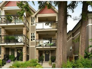 Photo 1: 3 1434 EVERALL Street in South Surrey White Rock: Home for sale : MLS®# F1415128