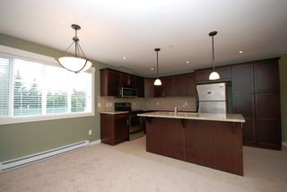 Photo 5: 201 10529 Powley Court in Lake Country: Lake Country East / Oyama House for sale (Central Okanagan)  : MLS®# 10036319