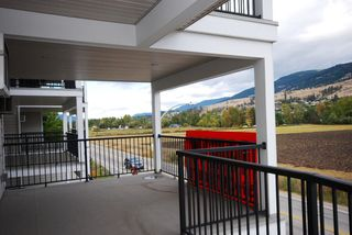 Photo 15: 201 10529 Powley Court in Lake Country: Lake Country East / Oyama House for sale (Central Okanagan)  : MLS®# 10036319