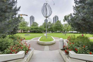 "Photo 2: 1607 2138 MADISON Avenue in Burnaby: Brentwood Park Condo for sale in ""Renaissance Mosaic"" (Burnaby North)  : MLS®# R2179715"