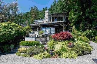 Photo 2: 2594 PANORAMA Drive in North Vancouver: Deep Cove House for sale : MLS®# R2180444