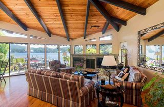 Photo 5: 2594 PANORAMA Drive in North Vancouver: Deep Cove House for sale : MLS®# R2180444