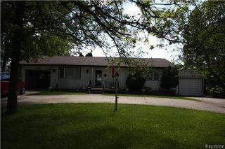 Main Photo: 254 Lake Avenue: Lac Du Bonnet Residential for sale (R28)  : MLS®# 1717786