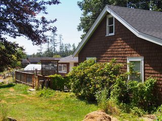 Photo 3: 845 Birch Road in North Saanich: NS Deep Cove House for sale