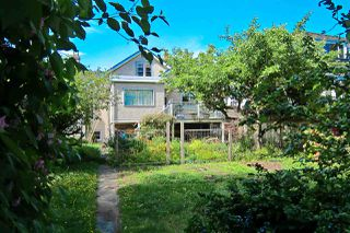 Photo 2: 4026 W 38TH Avenue in Vancouver: Dunbar House for sale (Vancouver West)  : MLS®# R2202469