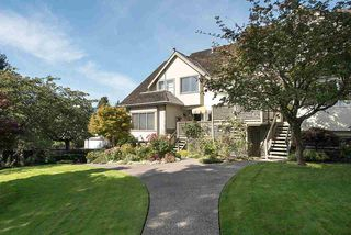 """Photo 1: 2 1511 MAHON Avenue in North Vancouver: Central Lonsdale Townhouse for sale in """"Heritage Court"""" : MLS®# R2206665"""