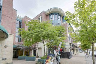 Photo 1: 212 2665 W BROADWAY in Vancouver: Kitsilano Condo for sale (Vancouver West)  : MLS®# R2209718