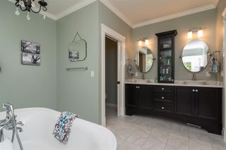Photo 11: 21941 52 Avenue in Langley: Murrayville House for sale : MLS®# R2210675