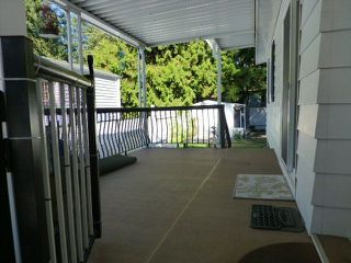 "Photo 18: 31 2305 200 Street in Langley: Brookswood Langley Manufactured Home for sale in ""Cedar Lane"" : MLS®# R2223523"