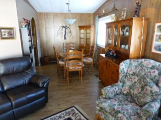 "Photo 10: 31 2305 200 Street in Langley: Brookswood Langley Manufactured Home for sale in ""Cedar Lane"" : MLS®# R2223523"