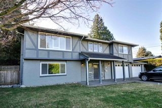 Photo 1: 5274 BELAIR Crescent in Delta: Cliff Drive House for sale (Tsawwassen)  : MLS®# R2239479