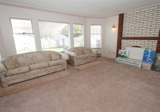 Photo 15: 2276 E 61ST Avenue in Vancouver: Fraserview VE House for sale (Vancouver East)  : MLS®# R2255899