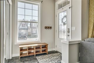 Photo 3: 303 NEW BRIGHTON Landing SE in Calgary: New Brighton House for sale : MLS®# C4182100