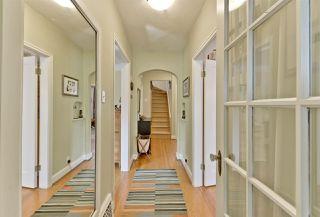 Photo 2: 12528 104 Avenue in Edmonton: Zone 07 House for sale : MLS®# E4121075