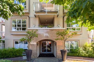 "Photo 2: 305 228 E 14TH Avenue in Vancouver: Mount Pleasant VE Condo for sale in ""DEVA"" (Vancouver East)  : MLS®# R2291911"