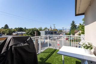"Photo 13: 305 228 E 14TH Avenue in Vancouver: Mount Pleasant VE Condo for sale in ""DEVA"" (Vancouver East)  : MLS®# R2291911"