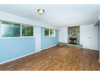 Photo 12: 27456 43 Avenue in Langley: Salmon River House for sale : MLS®# R2298004