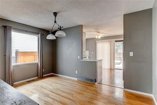 Photo 5: 228 WOODBINE Boulevard SW in Calgary: Woodbine Detached for sale : MLS®# C4204614