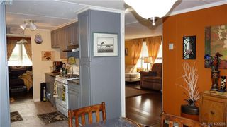 Photo 12: 33 2587 Selwyn Rd in VICTORIA: La Mill Hill Manufactured Home for sale (Langford)  : MLS®# 800125