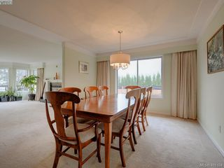 Photo 4: 2800 Austin Ave in VICTORIA: SW Gorge Single Family Detached for sale (Saanich West)  : MLS®# 800400