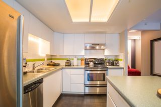 "Photo 9: 208 1159 MAIN Street in Vancouver: Mount Pleasant VE Condo for sale in ""CITYGATE II"" (Vancouver East)  : MLS®# R2325232"