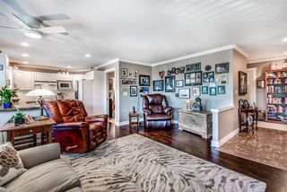 """Photo 12: 205 20391 96 Avenue in Langley: Walnut Grove Townhouse for sale in """"CHELSEA GREEN"""" : MLS®# R2329214"""