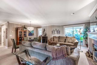 """Photo 6: 205 20391 96 Avenue in Langley: Walnut Grove Townhouse for sale in """"CHELSEA GREEN"""" : MLS®# R2329214"""