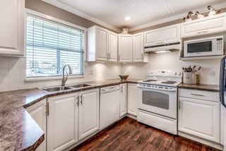 """Photo 9: 205 20391 96 Avenue in Langley: Walnut Grove Townhouse for sale in """"CHELSEA GREEN"""" : MLS®# R2329214"""