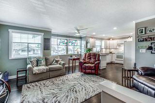 """Photo 11: 205 20391 96 Avenue in Langley: Walnut Grove Townhouse for sale in """"CHELSEA GREEN"""" : MLS®# R2329214"""