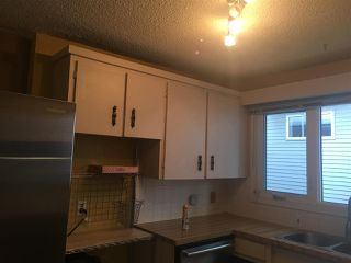 Photo 6: 10206 90 Street in Edmonton: Zone 13 House Half Duplex for sale : MLS®# E4139923
