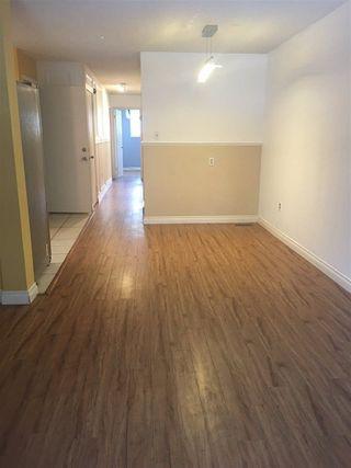 Photo 4: 10206 90 Street in Edmonton: Zone 13 House Half Duplex for sale : MLS®# E4139923