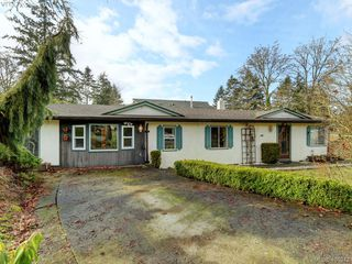 Photo 1: 983 Marchant Rd in BRENTWOOD BAY: CS Brentwood Bay House for sale (Central Saanich)  : MLS®# 804617
